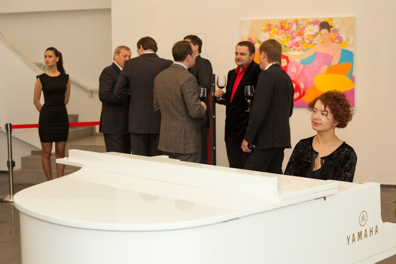 Igor Mazepa invited Lado Gurgenidze and KENZO as special guests for Concorde Capital Reception 2012. Photo#3