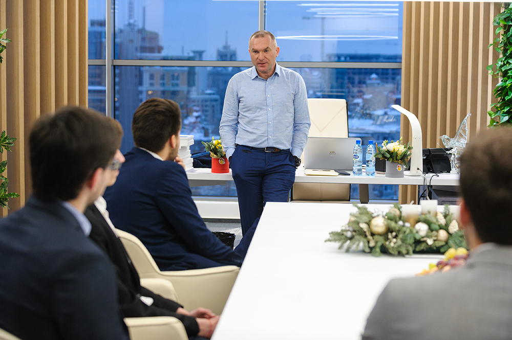 Igor Mazepa rewarded authors of the most successful solutions of Concorde Capital investment banking case. Kyiv. December 20, 2018
